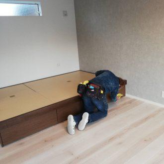 新築住宅の清掃の様子